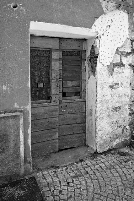 Porte chiuse - Closed doors n. 10