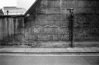 Graffiti, art, Cranley Mews, South Kensington, Kensington & Chelsea, 1988 88-4p-62a-positive_2400