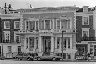 Milner St, Brompton, Kensington & Chelsea, 1988 88-4m-42-positive_2400