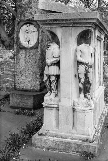 Brompton Cemetery, West Brompton, Kensington & Chelsea, 1988 88-4n-42-positive_2400