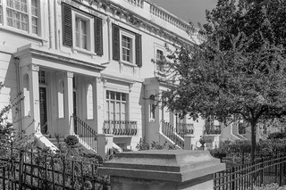 Egerton Terrace,  Brompton, Kensington & Chelsea, 1988 88-4m-65-positive_2400