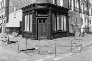 Shop, Cadogan St, Halsey St,  Brompton, Kensington & Chelsea, 1988 88-4m-21-positive_2400