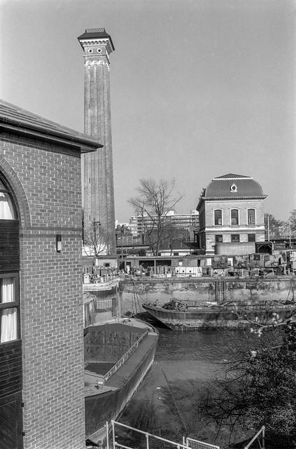 Grosvenor Canal, Grosvenor Rd, Chelsea, Westminster, 1988 88-4n-53-positive_2400