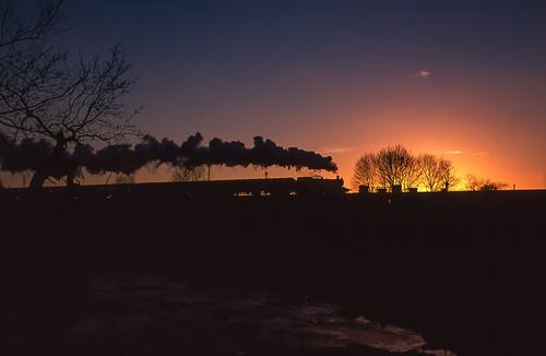 greatcentralrailway gwrprairie 4141 quornstation quorndon leicestershire leicestershirerailways silhouette sunset steam railways steamrailways uksteam ukrailways preservedrailways gcr
