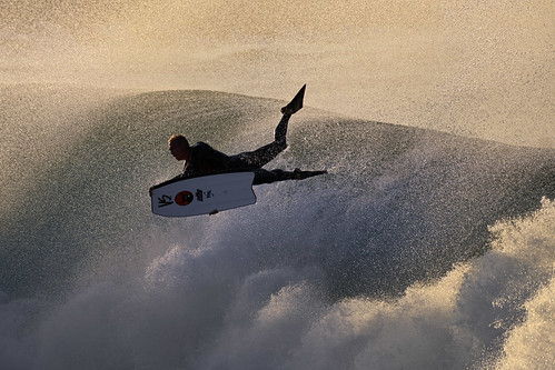 nikon nikkor afs200500mm newportbeach thewedge pacificocean water surfing sunrise d6 nikond6 athlete male waves