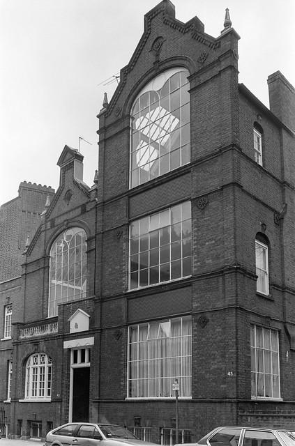 Roland Gardens,  South Kensington, Kensington & Chelsea, 1988 88-4p-53-positive_2400