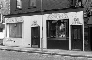 Fulham Rd, Chelsea, Kensington & Chelsea, 1988 88-4q-22-positive_2400