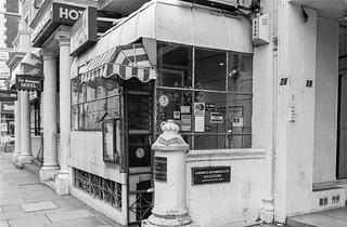 Old Brompton Rd, South Kensington, Kensington & Chelsea, 1988 88-4q-53a-positive_2400