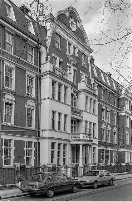 South Parade, Chelsea, Kensington & Chelsea, 1988 88-4r-62-positive_2400