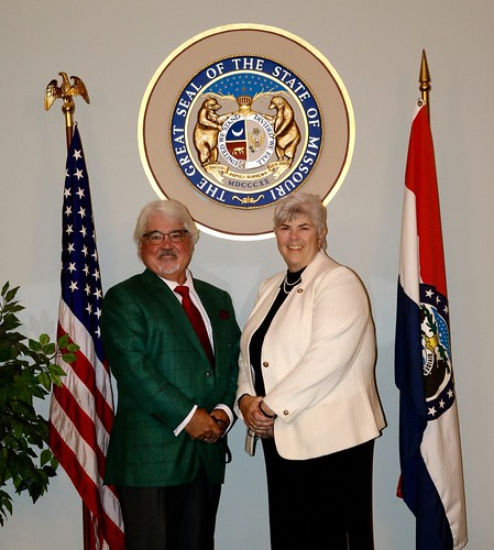 Missouri State Senators Honor Gina Walsh