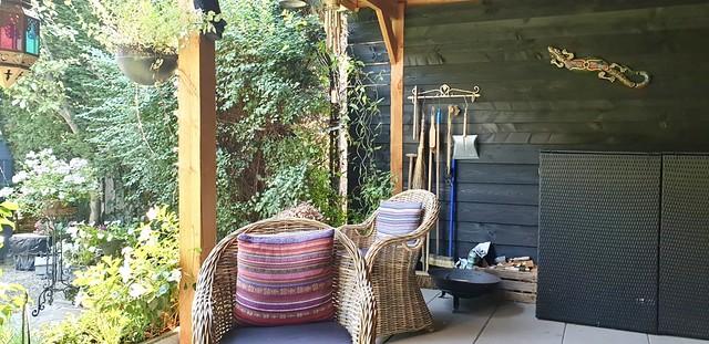 Overkapping rotan stoelen gereedschap