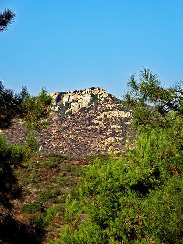 photo ranchobernardo sandiego california mountain rock tree elfinforestrecreationalreserve elfinforestreserve naturereserve scenery countryside chapparral flickrlounge weeklytheme landscape