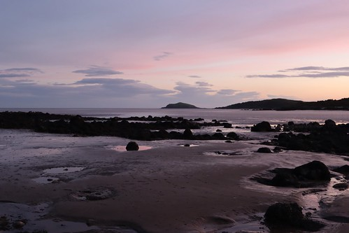 uk scotland dumfriesgalloway sunset sky clouds landscape sea rocks rockpools canon evening sand beach island hestanisland solawayfirth pastelcolours octoberevening friday