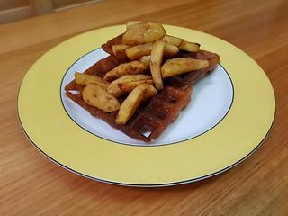 Raised Waffles; Baked Cinnamon Apples