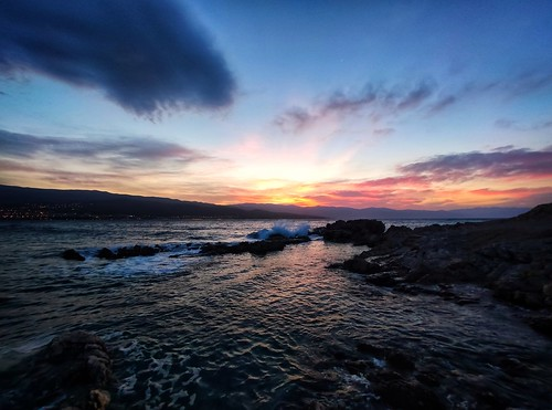 sun sunrise down sea rocks shore coast wave weather sky clouds smartphone phone xiaomi
