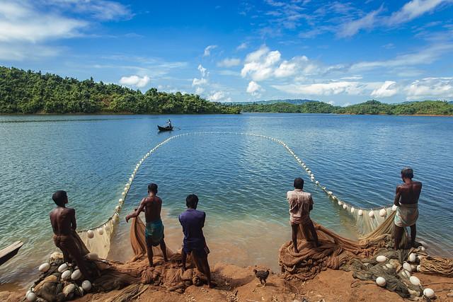 Fishing at Kaptai Lake - কাপ্তাই লেকে মাছ শিকার