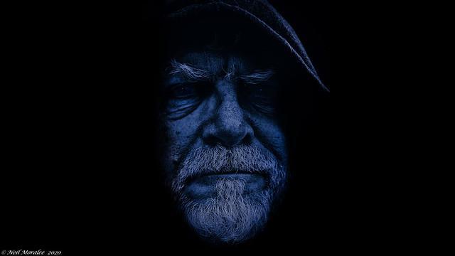 The Blueshift traveller.