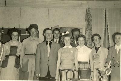 Stv - 1957-02-23 - cast groot