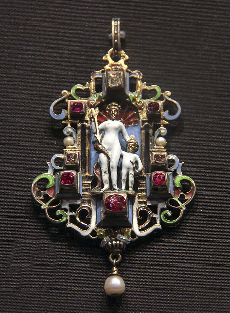 Pendant with Venus and Cupid, Austria, Vienna, about 1870-80, made by Simon Grunwald, enamelled gold with diamonds, rubies and pearls