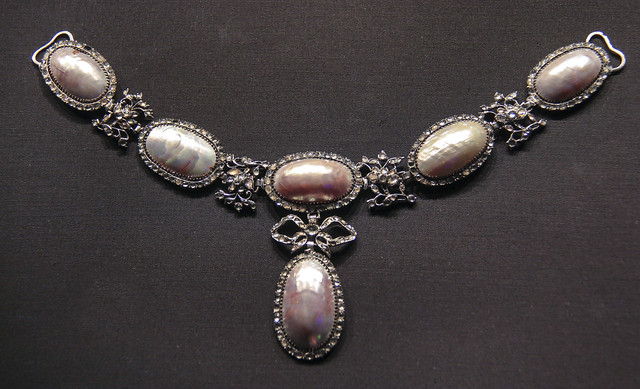 Necklace, probably England, 1740-60, Coque de perle and diamonds set in silver
