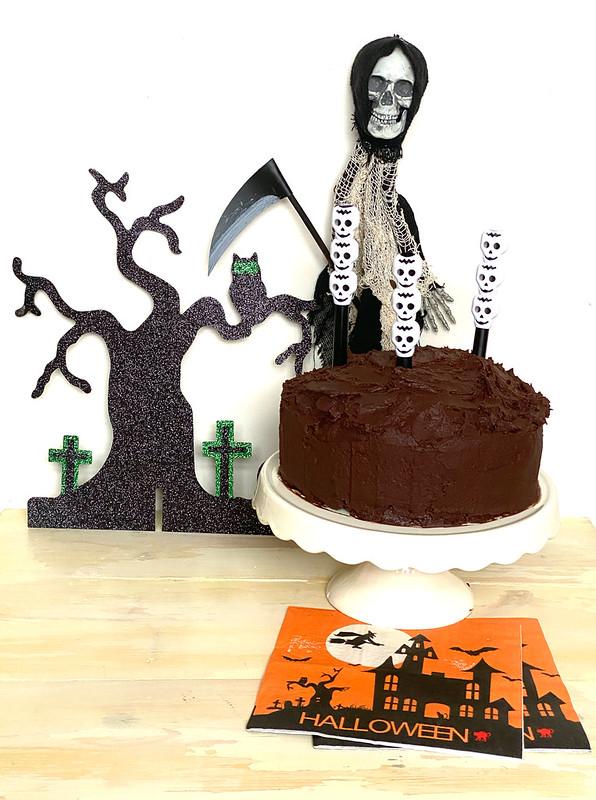 Chocolate Ghoulyard Cake