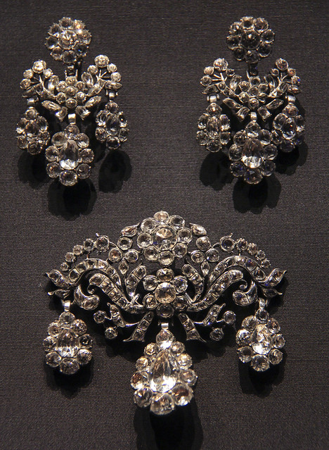 Pendant and pair of earrings, Probably France, 1750-1800, Silver and Rock crystal