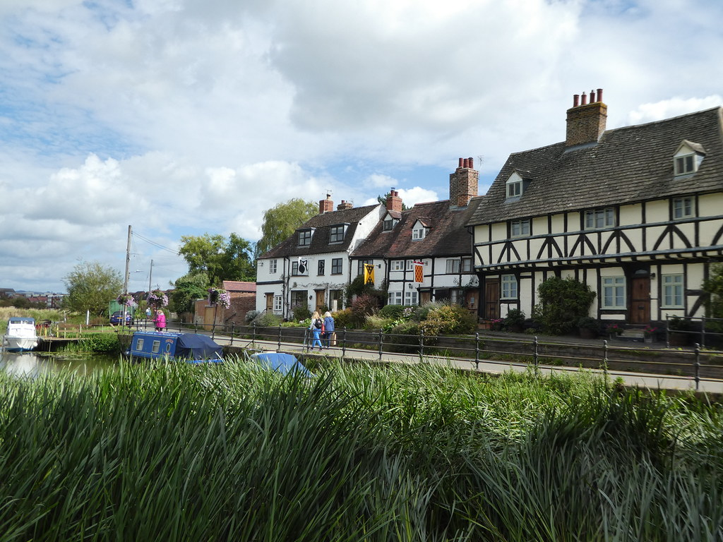 Charming period cottages in Tewkesbury