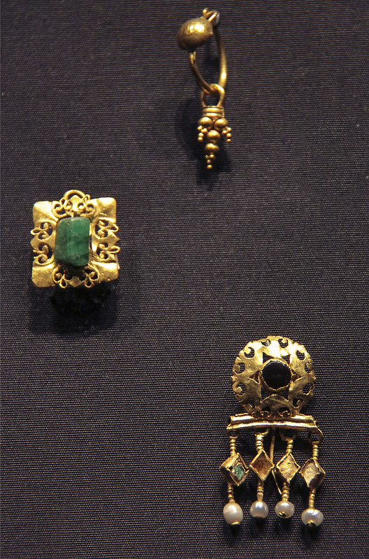 Earrings, Roman Empire about AD 200-300