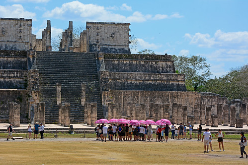 Chichén Itzá - Temple of the Warriors, w/ Pink Parasols - 4694
