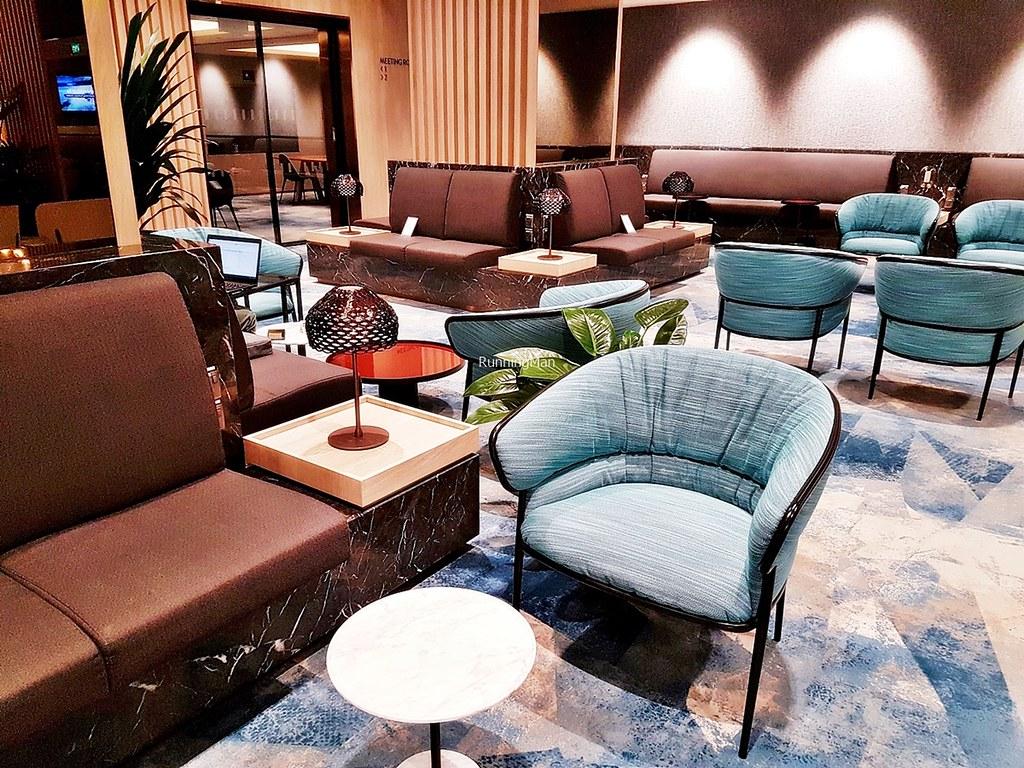 Changi Lounge 09 - Lounge Chairs