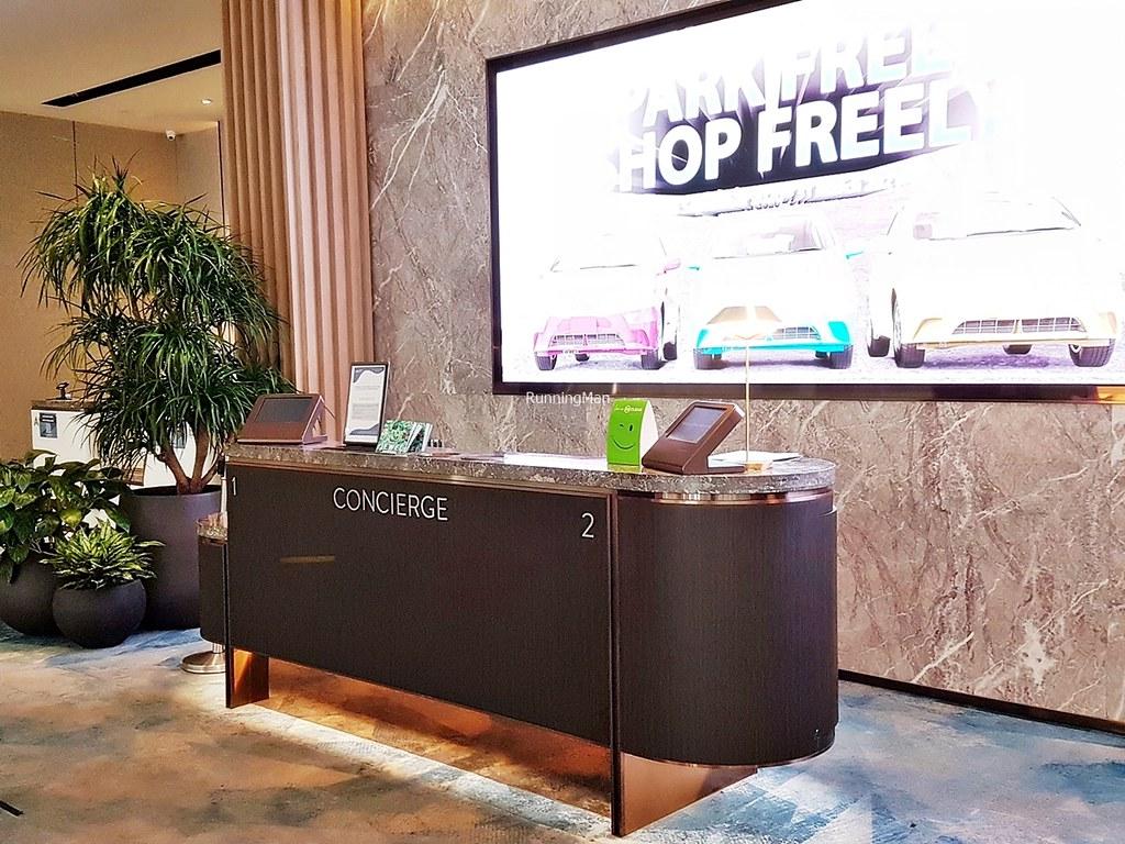 Changi Lounge 02 - Concierge Desk