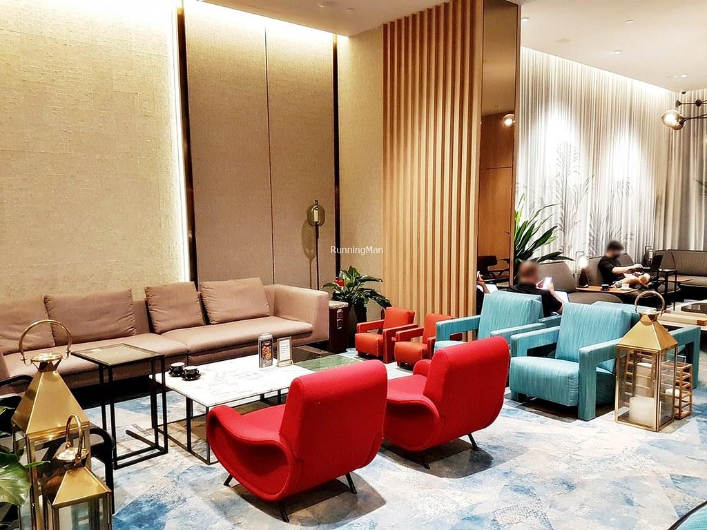 Changi Lounge 08 - Seating