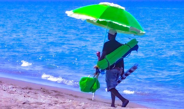 Il venditore di ombrelloni