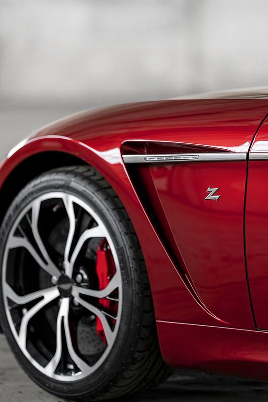 aston-martin-v12-vantage-zagato-8-jpg.