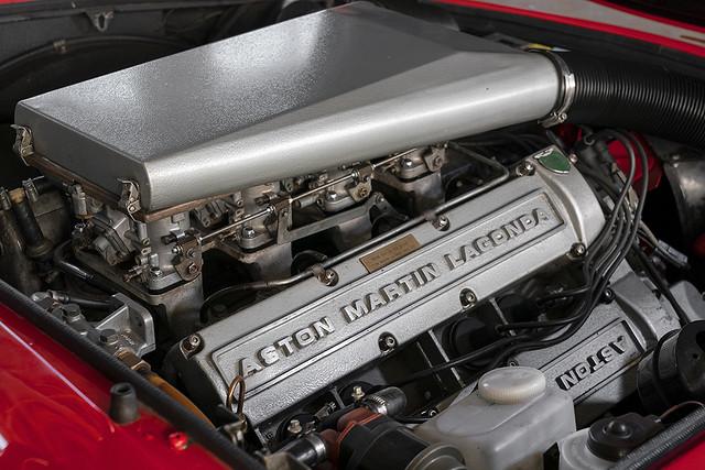 aston-martin-v8-vantage-1977-1990-2-jpg.