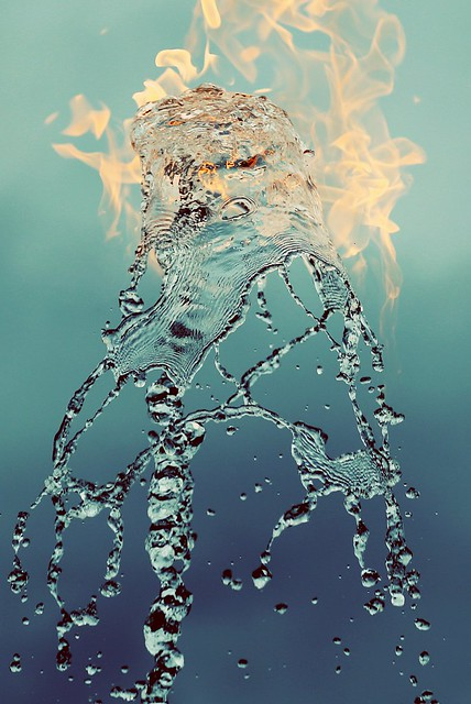 Jeppe Hein - Water Flame