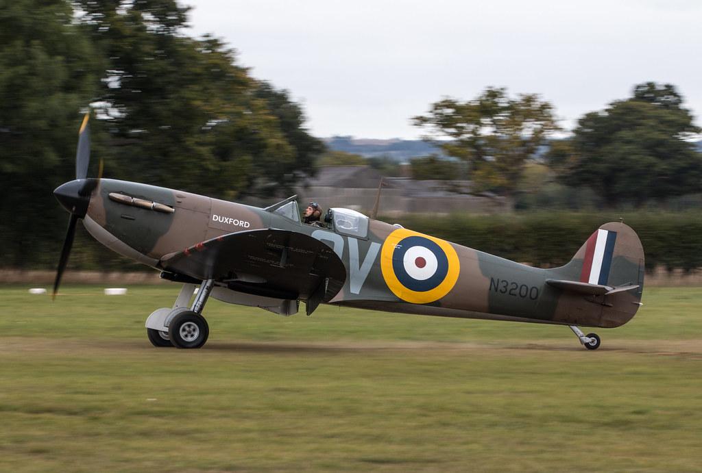 Supermarine Spitfire Ia - G-CFGJ / N3200