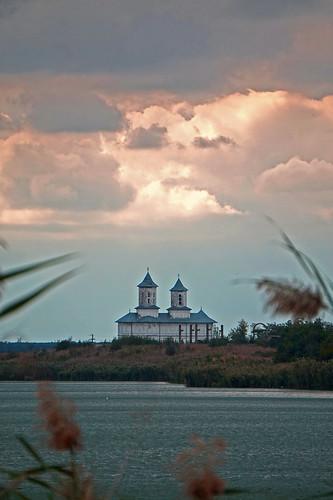 landscape călărași românia south church colors nature sunset outside sky clouds water rural places