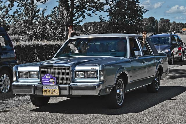 Lincoln Town Car 1986 (5418)