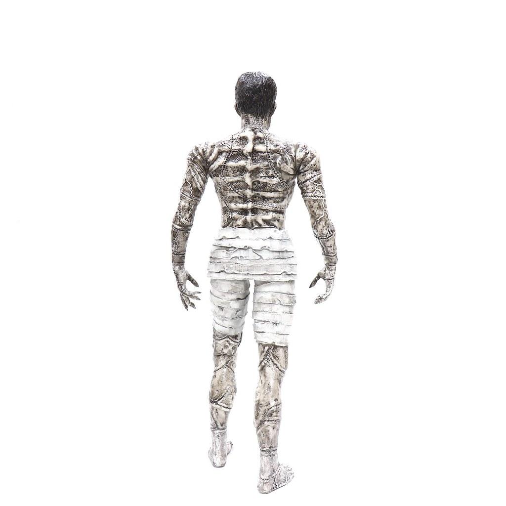 Unbox 將以黑白配色再次推出「伊藤潤二的科學怪人」軟膠作品!