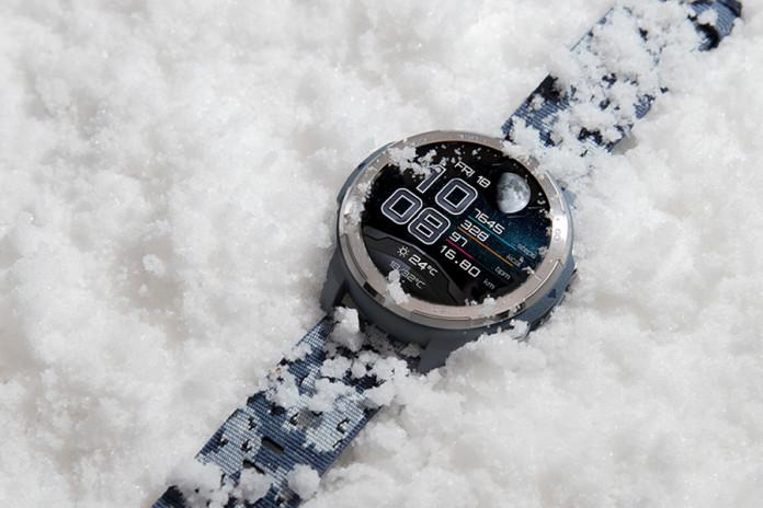 Přivítejte nadcházející lyžařskou sezónu s novými outdoorovými hodinkami HONOR Watch GS Pro