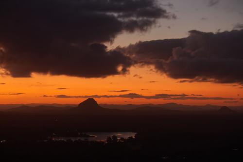 landscape australia queensland tinbeerwah mountain lake sunset goldenhour