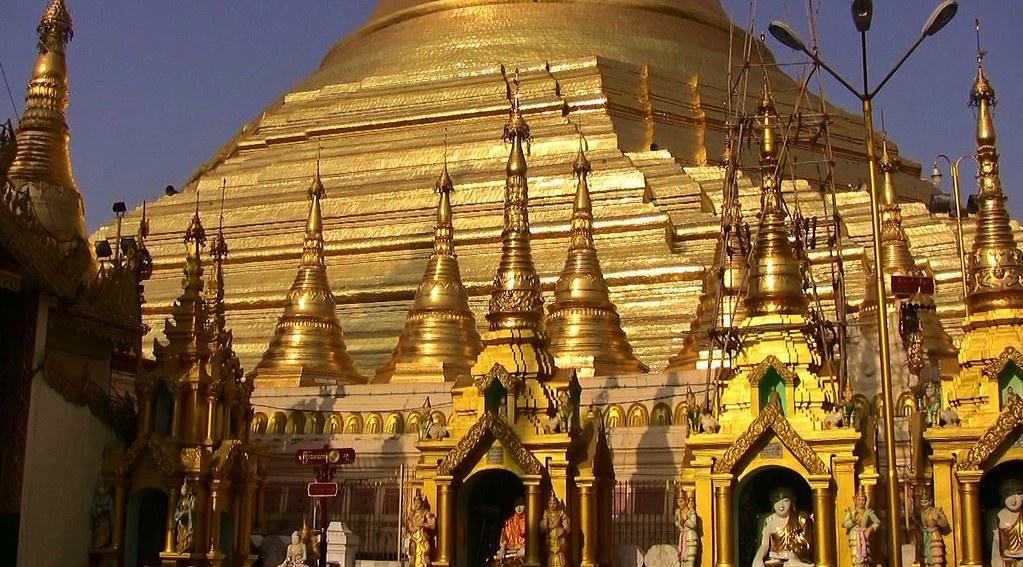 Myanmar,  Burma, die prächtigste Pagode - der Shwedagon, religiöses Zentrum des Landes , die Stupa, 78035/13040