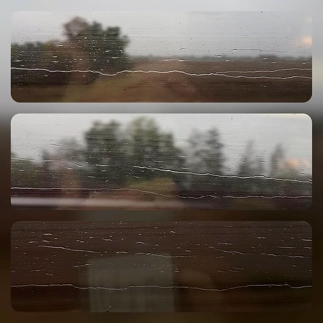 Lignes et reflets dans un paysage