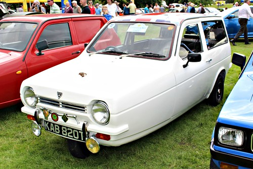 reliant british 1970s robin 3wheels threewheeler car cars automobile tamworth shenstone classic klassic oldtimer lichfield carsinthepark2016 kab820y