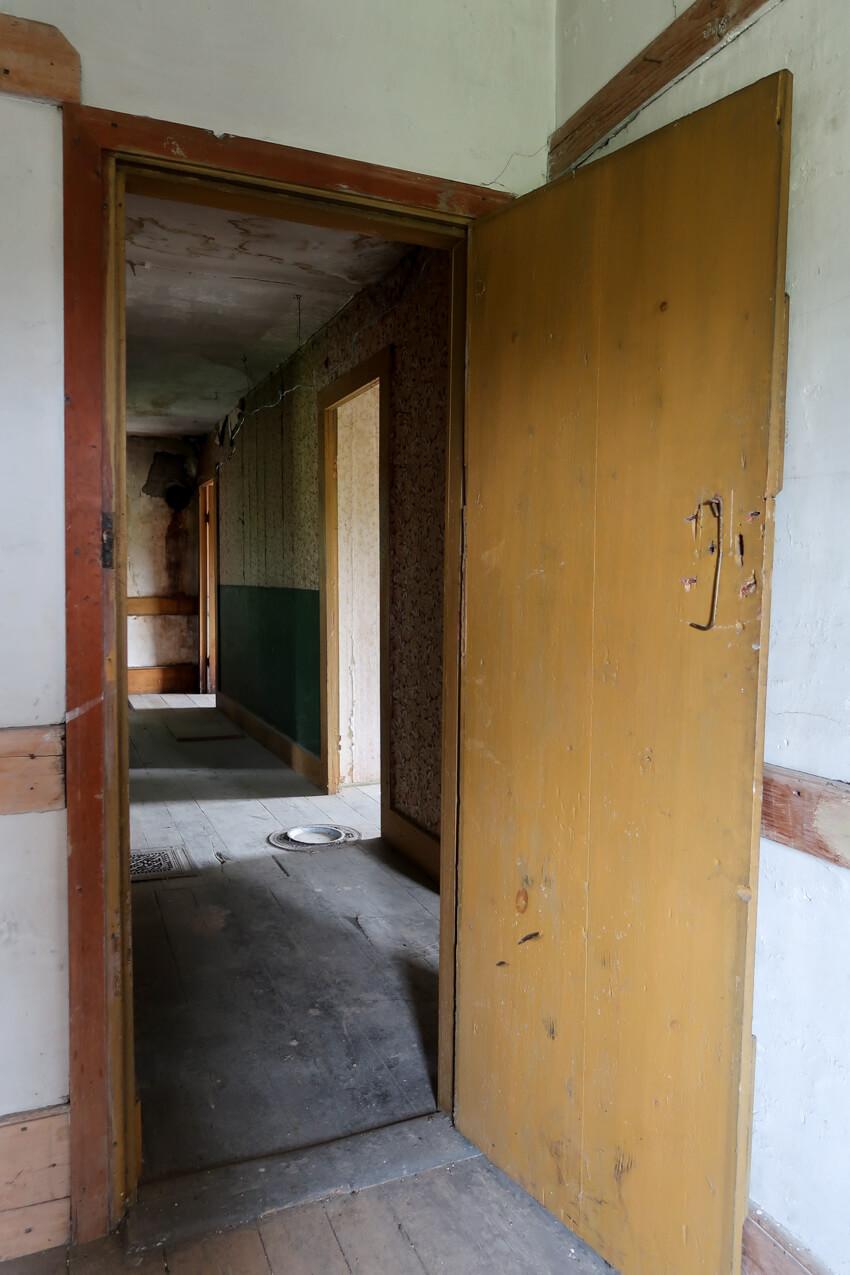 stone-house-renovation-mjolk-23