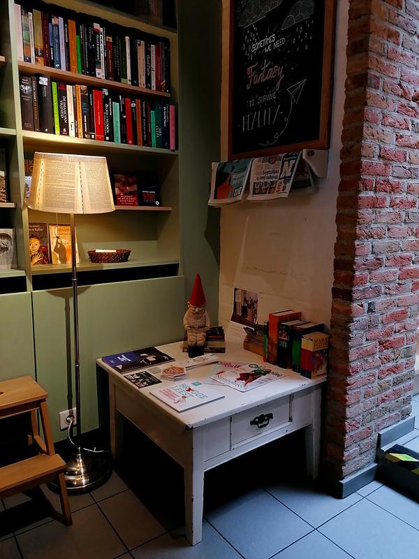 Esquina de Books & Brunch, en Brujas