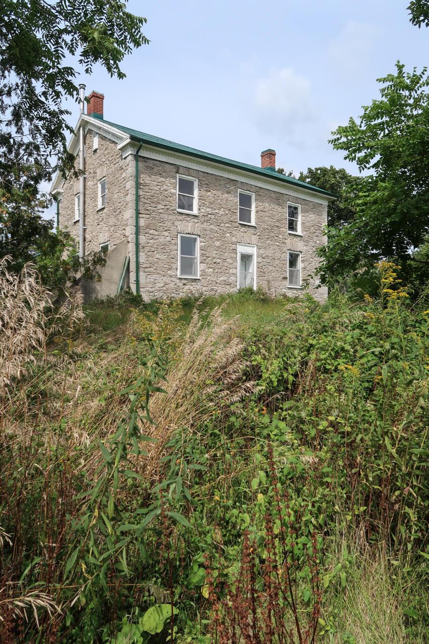 stone-house-renovation-mjolk-31