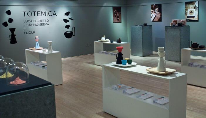 totemica-luca-nichetto,-lera-moiseeva-+-mjölk-at-the-instituto-italiano-di-cultura-73-thumbe