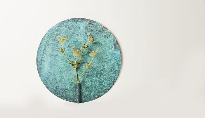 Mamihasegawa_silver_exhibition_wallhanger_flowervase-thumbe